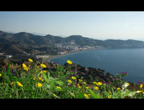 Senderismo por la Costa Tropical y el Río Verde en Granada