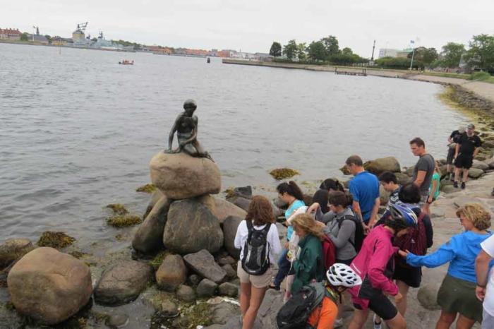 Viajes en bici por Europa Copenhague La Sirenita
