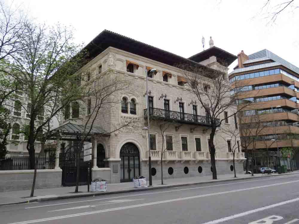 Casa garay arquitectura regionalista madrid rutas pangea for Arquitectura 20 madrid