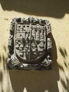Escudo Calle del Leon (2)