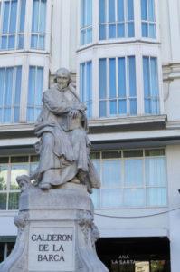 Estatua Calderon de la Barca (2)