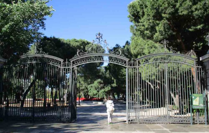 Jardines de sabatini rutas pangea for Jardines de sabatini