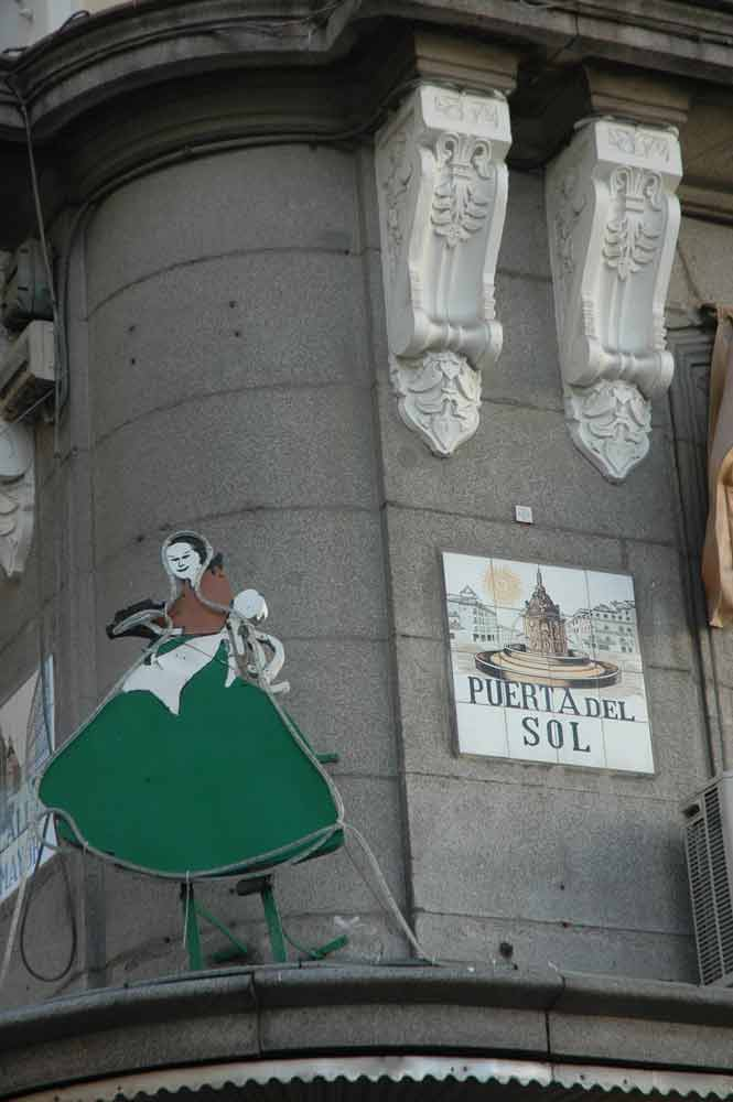 La mallorquina en la puerta del sol rutas pangea for Puerta del sol hoy