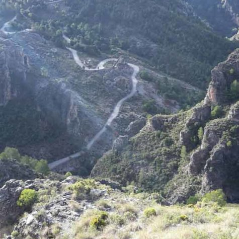 Granada-senderismo-costa-tropical-rutas-pangea