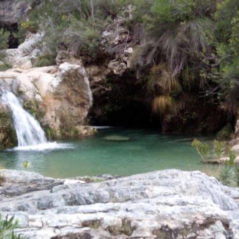 senderismo-costa-tropical-rutas-pangea-en-rio-verde