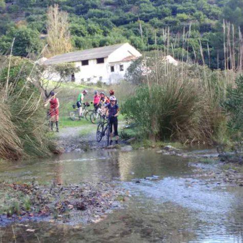 pedaleando-en-costa-tropical-rutas-pangea