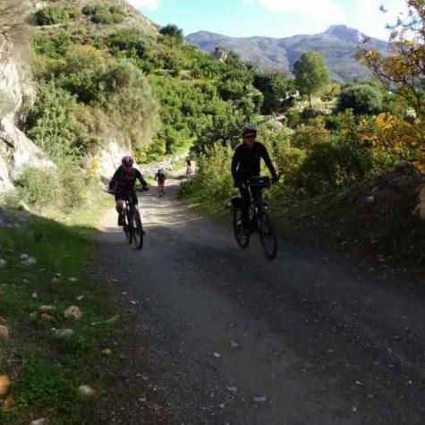 ruta-en-bici-en-costa-tropical-rutas-pangea