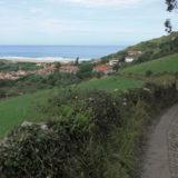 111. Bajando a la Vega y playa de Berbes
