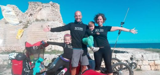 Familia Supertramp en trike por Europa
