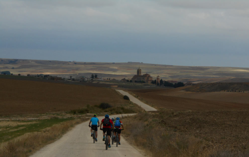 A Santiago desde Madrid en bici Rutas Pangea